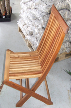 Blackwood Folding Chair