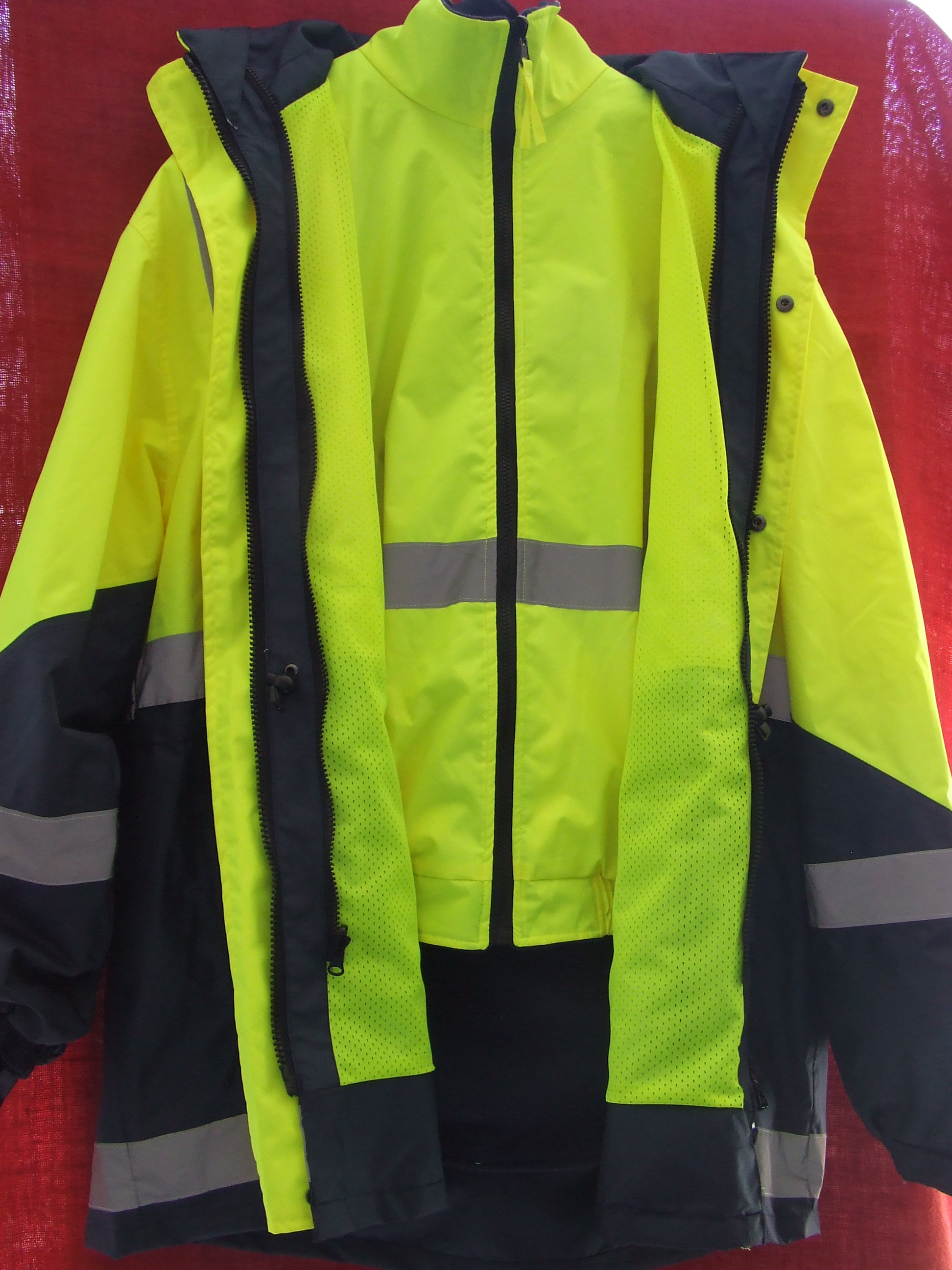 4 in 1 Jacket, High vis. Detachable reversible vest plus hood